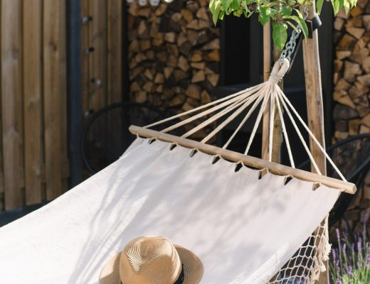 bohemian tuin inrichten hangmat buitenkleed